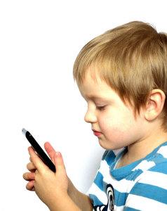 Issa Asad texting